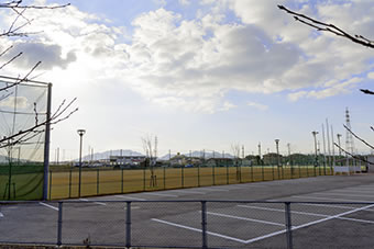 愛荘町体育協会 - 施設案内 - 愛...